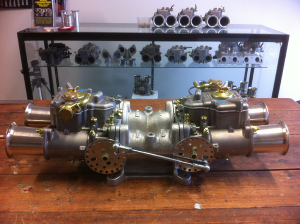 V8 4 barrel adaptor with twin 45 DCOE carbs
