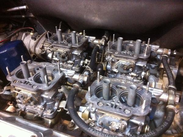 Ferrari 308 4 x 40 DCNF Weber carburettors